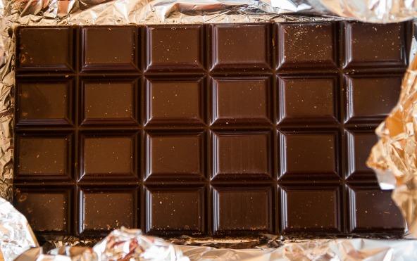 chocolate-1277002_1920