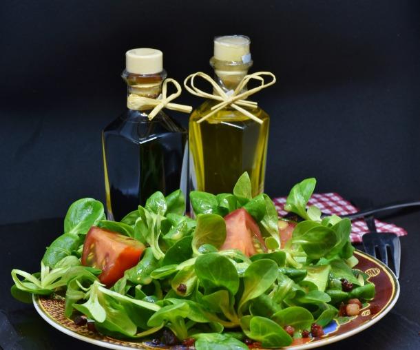 lettuce-3114288_1920